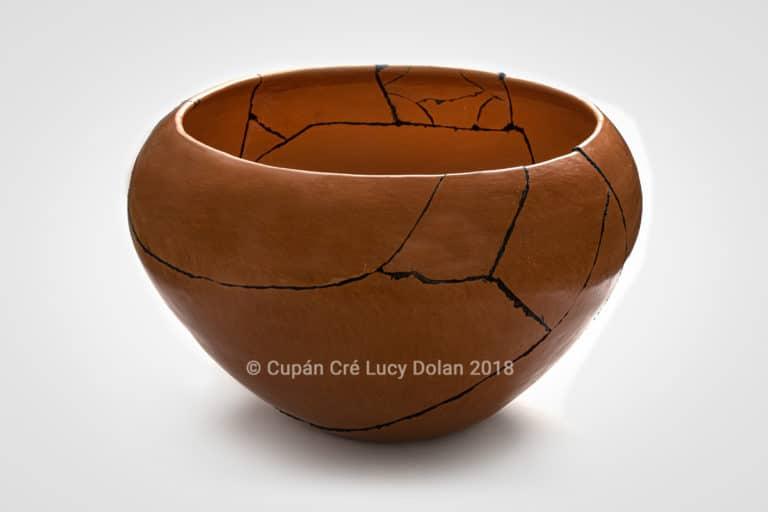 Cupán Cré Broken / Mended Pot